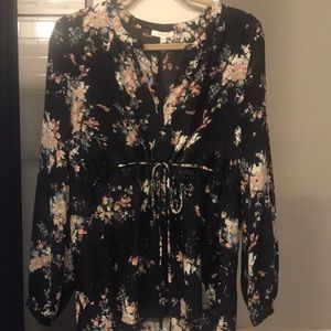 Floral long sleeve blouse with sinched waist